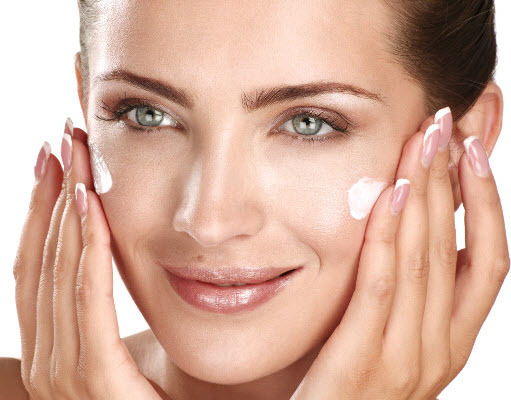 Best Way To Treat Oily Skin Naturally