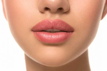 Paula's Choice Lip Perfecting Gentle Scrub: What is the Safety of It?