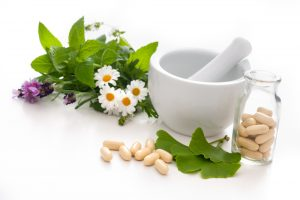 gingko biloba leaf and capsule supplement
