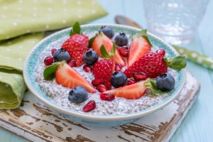 breakfast oatmeal with berries